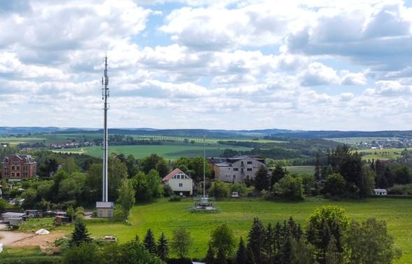 Mobilfunkmast im ländlichen Raum